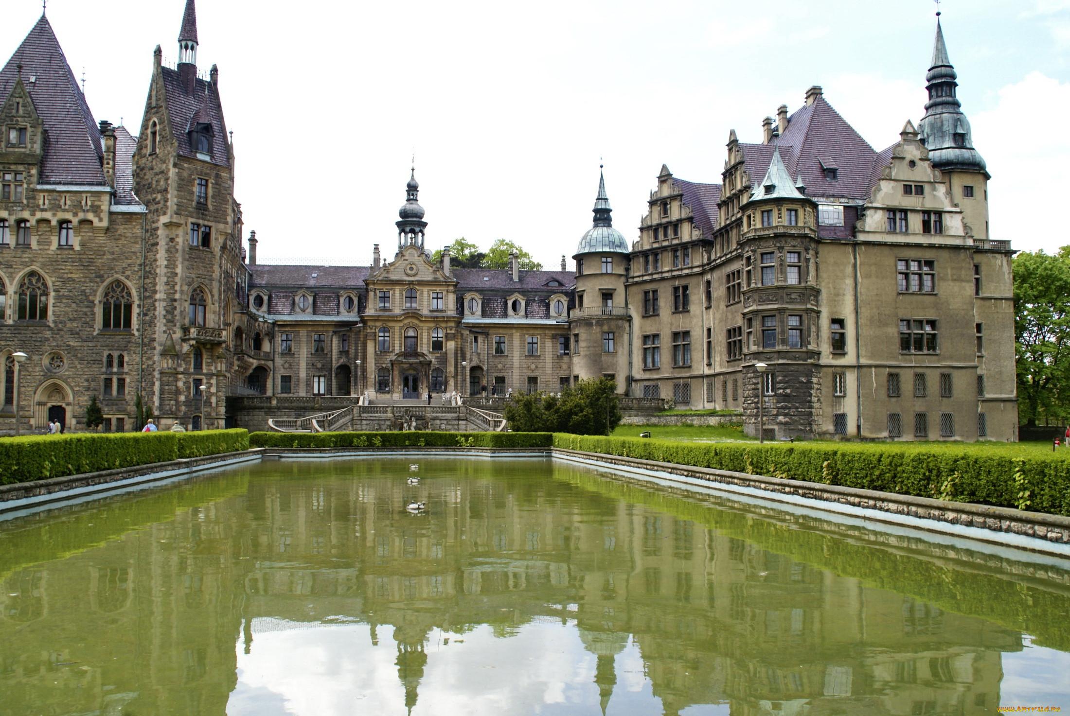 что таком дворцы замки мира с описанием и фото нехитрому